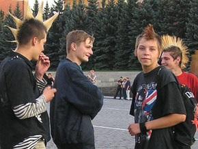 Официальное описание московских субкультур включает Наших и не рассматривает эмо и готов