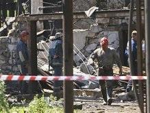 На шахте в Енакиево спасатели достали двух живых горняков