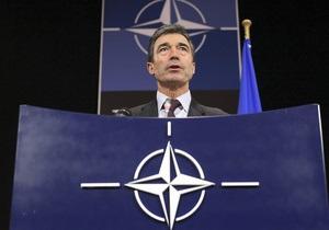 Расмуссен исключил вмешательство НАТО в события в Сирии