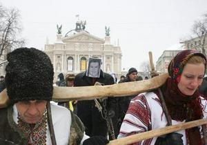 Комиссия Львовского облсовета: Милиция путается в своих сообщениях об инциденте во время эфира Януковича