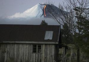 В Чили на одном из самых активных вулканов пропали трое туристов