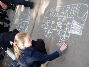Киевским школьникам разрешили бесплатно ездить в транспорте