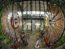 Самым освещаемым событием в физике стал запуск коллайдера