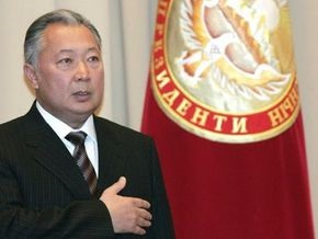 Выборы в Кыргызстане: Бакиев пока набирает 86%