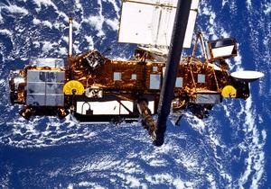 Сегодня на Землю должны упасть обломки американского спутника