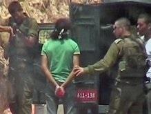 Аль-Джазира показала расправу израильских солдат над безоружным палестинцем