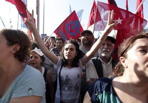 В Турции арестовали около 30 адвокатов, поддерживающих протестующих в Стамбуле