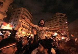 В Александрии сотни демонстрантов взяли штурмом здание службы госбезопасности