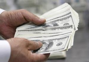 Межбанк: евро упал ниже 10,5 грн, доллар - незначительно вырос