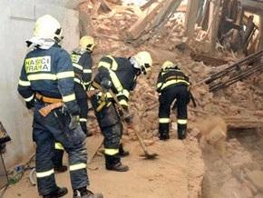 Под завалами обрушившегося дома в Праге найдены тела двух строителей