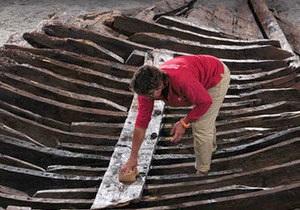 Во Франции на дне бухты нашли остатки древнеримского корабля