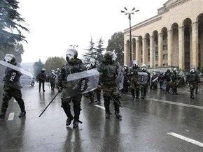 Грузинский спецназ взял под охрану госучреждения в преддверии митинга оппозиции