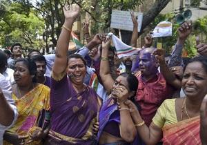 В Индии маоисты атаковали членов правящей партии. Похищен известный политик, 17 человек погибли