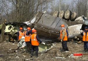 Россиянам пришлось разрезать разбившийся самолет президента Польши, чтобы извлечь тела