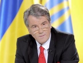 Ющенко поручил отселить жильцов взорвавшегося дома и обеспечить их жильем