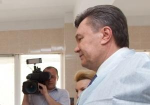 Янукович: В Донецке построят крупнейшую в Украине больницу скорой помощи