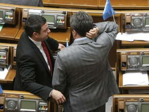 БЮТ: Партия регионов не хочет назначения новых глав АМК, Гостелерадио и Минюста