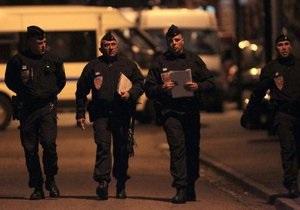 Полиция начала штурм дома предполагаемого убийцы школьников в Тулузе