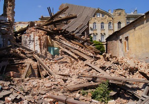 В центре Харькова рухнул дом: погиб человек