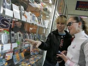 Из-за новых правил на российской таможне застряли сотни тысяч мобильников
