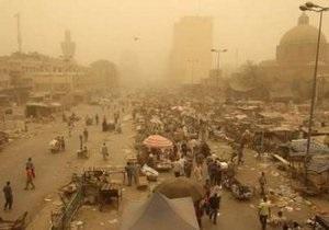 На Багдад обрушилась мощная песчаная буря