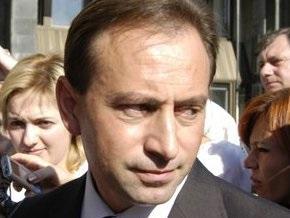 Томенко посоветовал команде Президента не искать причины для переноса выборов