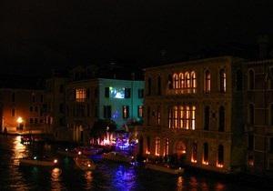 Украинскую вечеринку в Венеции посетили Элтон Джон, Херст и Кличко