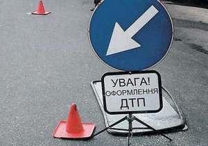 В Харьковской области в результате ДТП погибли два человека, шестеро пострадали