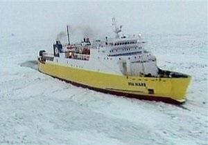 Во льдах Балтики застряли 50 судов с тысячами пассажиров