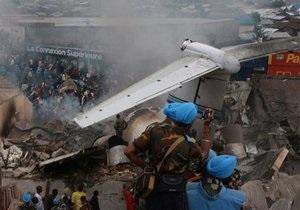 В ДР Конго разбился пассажирский самолет. Выжили 40 человек из 112