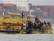 К месту крушения Нафтогаз-67 Китай направил еще 22 водолазов