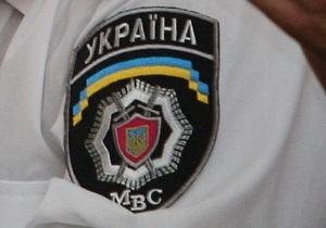 Два милиционера уволены за инцидент с яичницей на вечном огне в Киеве