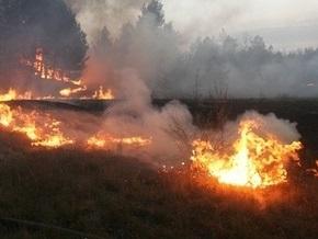 В Полтавской области шестые сутки горят торфяники