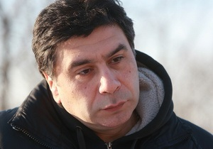 Корреспондент: Мастер - класс. Эксклюзивное интервью Арсена Савадова, одного из самых дорогих художников страны