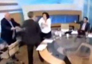 В Греции ультраправый политик избил женщину в ходе теледебатов