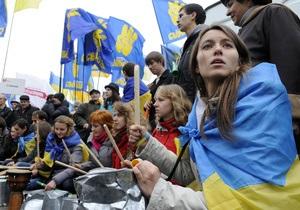 Яценюк предостерег милицию от разгона митинга оппозиции под ЦИК