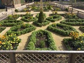 В Великобритании открывается воссозданный сад эпохи Елизаветы I