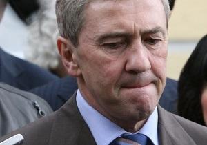 Банковая изменила даты указов об увольнении Черновецкого и назначении Попова
