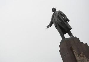 Ленин в рекламе польского сотового оператора вызвал волну протестов