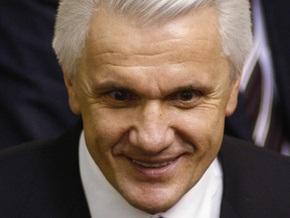 Блок Литвина: Янукович разглагольствует о бедных, оторвавшись от гольфа