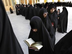 В Иране на два часа продлили голосование на президентских выборах