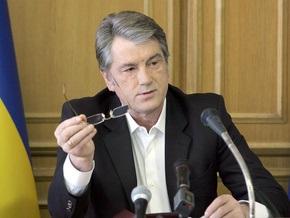 Ющенко призывал власть вынести уроки из прошлогоднего наводнения