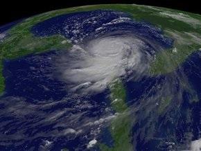 На США обрушился первый в сезоне тропический шторм