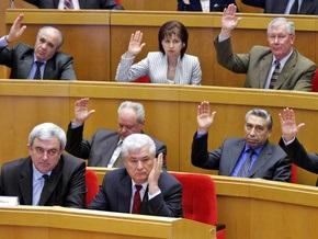 Молдавские коммунисты со второй попытки не смогли избрать президента