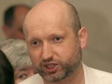 Турчинов: Не вижу причин для выдвижения альтернативных кандидатур Жвании и Портнову.