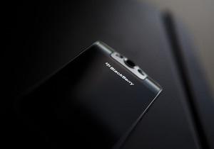 RIM представила обновленную версию смартфона BlackBerry Bold