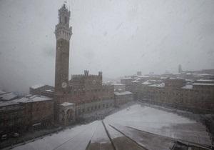 Италию накрыли мощные снегопады