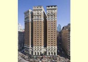 Дочь высокопоставленного американского дипломата выпала с 25-го этажа нью-йоркского небоскреба