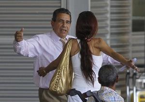 В Испанию прибыли семь кубинских политзаключенных