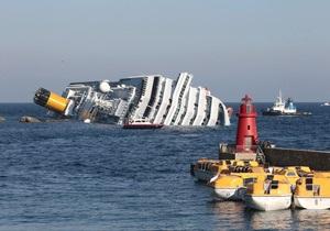 Фотогалерея: Роковой круиз. Лайнер Сosta Concordia затонул у берегов Италии